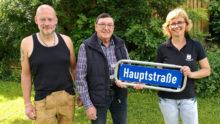 Neue Straßenschilder für Schmißberg